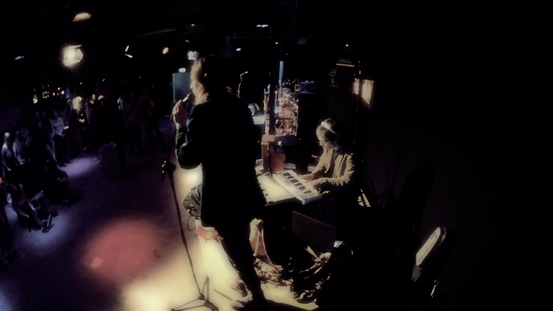 IkEgo live @ BrakkeBoeken (acoustic)